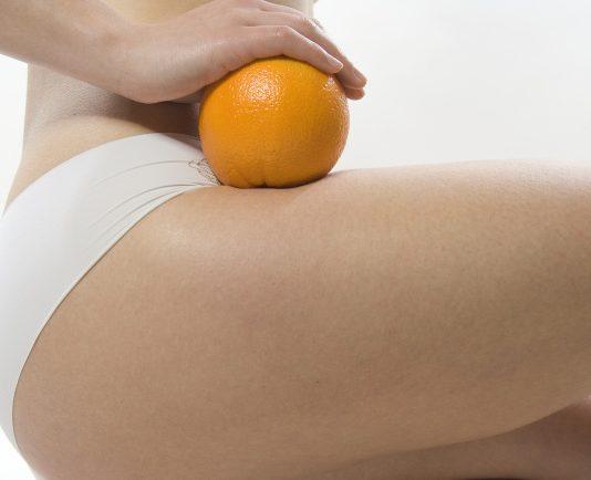 Natürliche Hautstraffung mit einer Orange