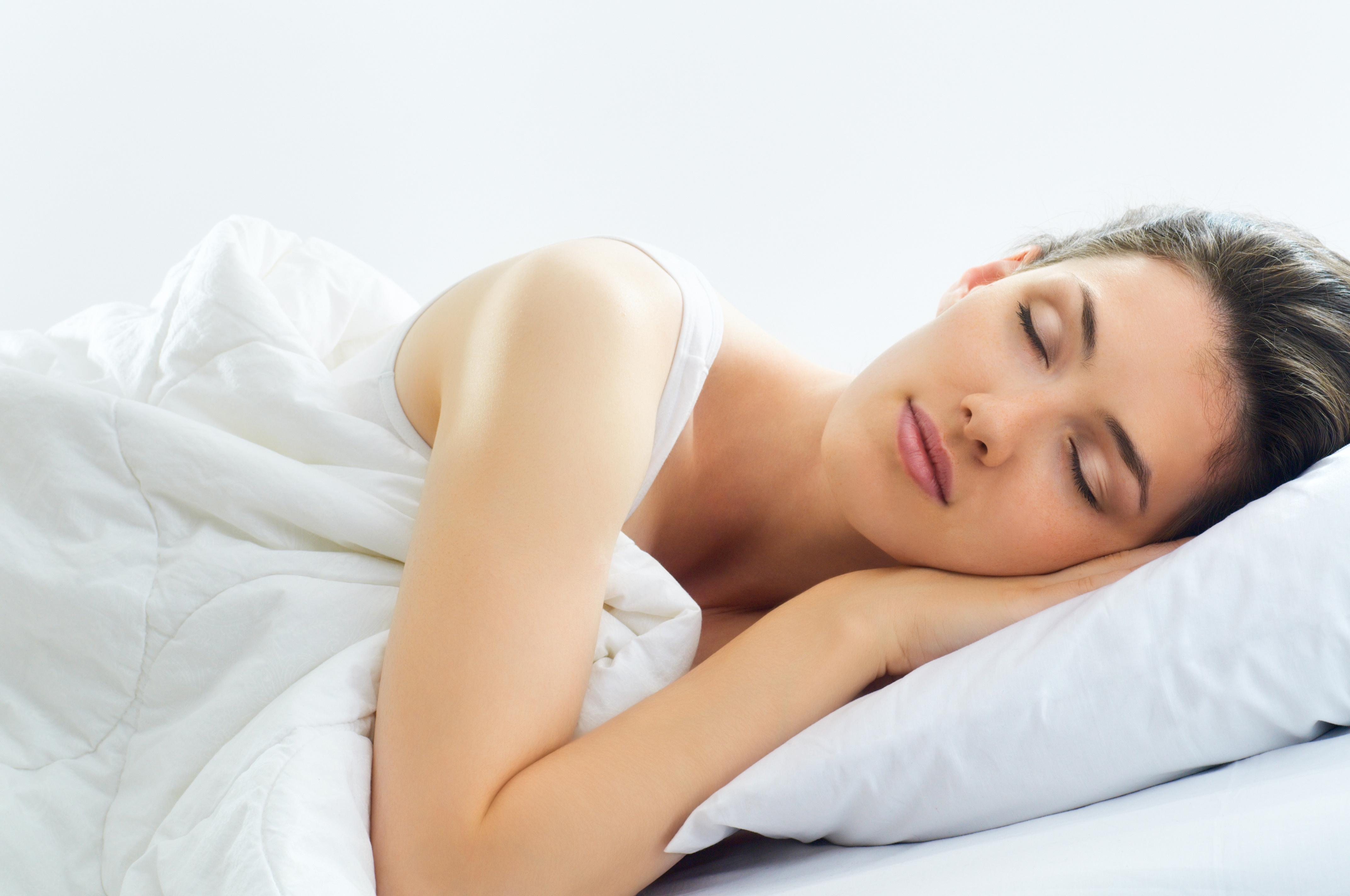 Frau im Clean Sleep