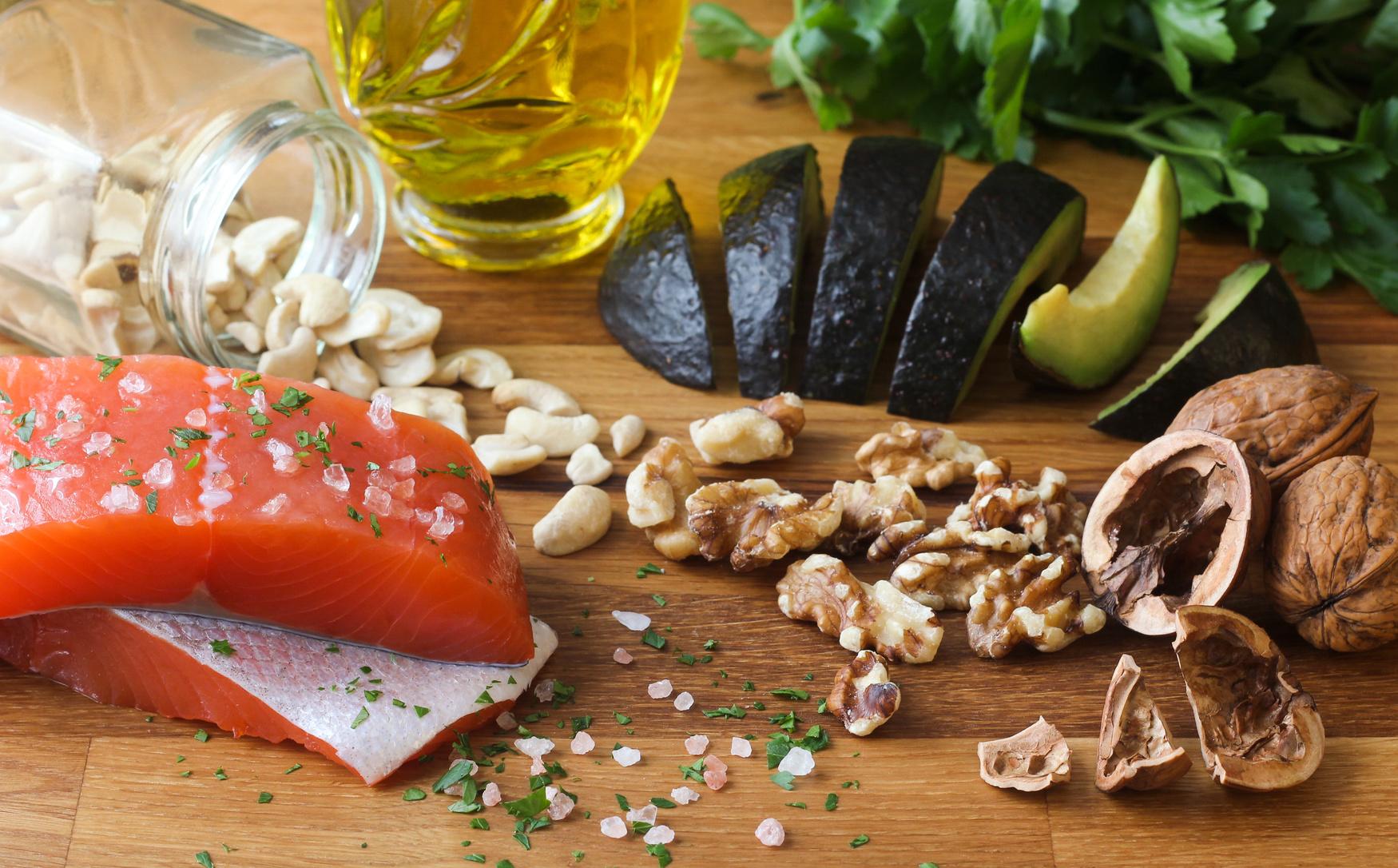 gesunde fette in lebenmitteln
