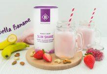 Fruchtiger Shake mit Banane, Erdbeere und Granatapfel